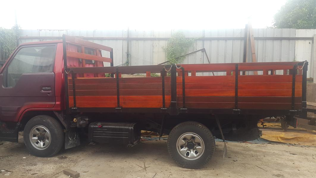 Balau Lorry Body